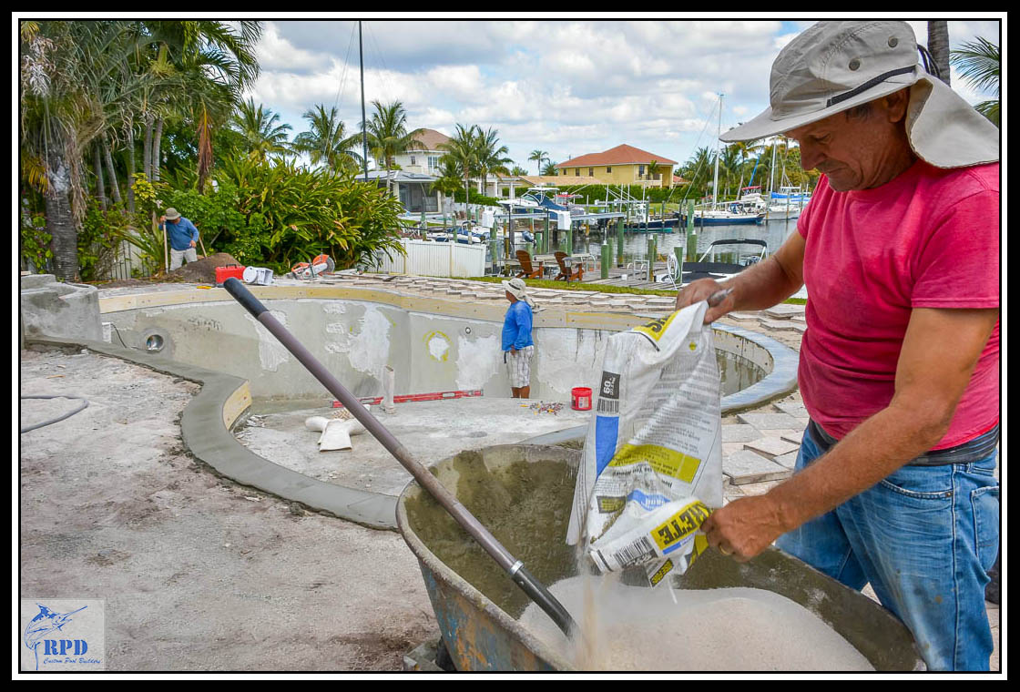 01-Swimming-Pool-Spa-Remodel-North-Palm-Beach-Florida-Construction-RPD-Roberts-Pool-Deisgn-©RPD.jpg