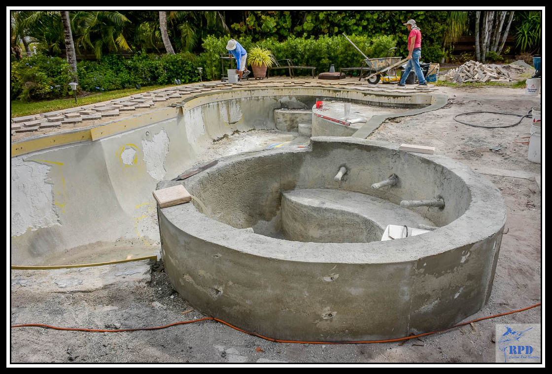 04-Swimming-Pool-Spa-Remodel-North-Palm-Beach-Florida-Construction-RPD-Roberts-Pool-Deisgn-©RPD.jpg