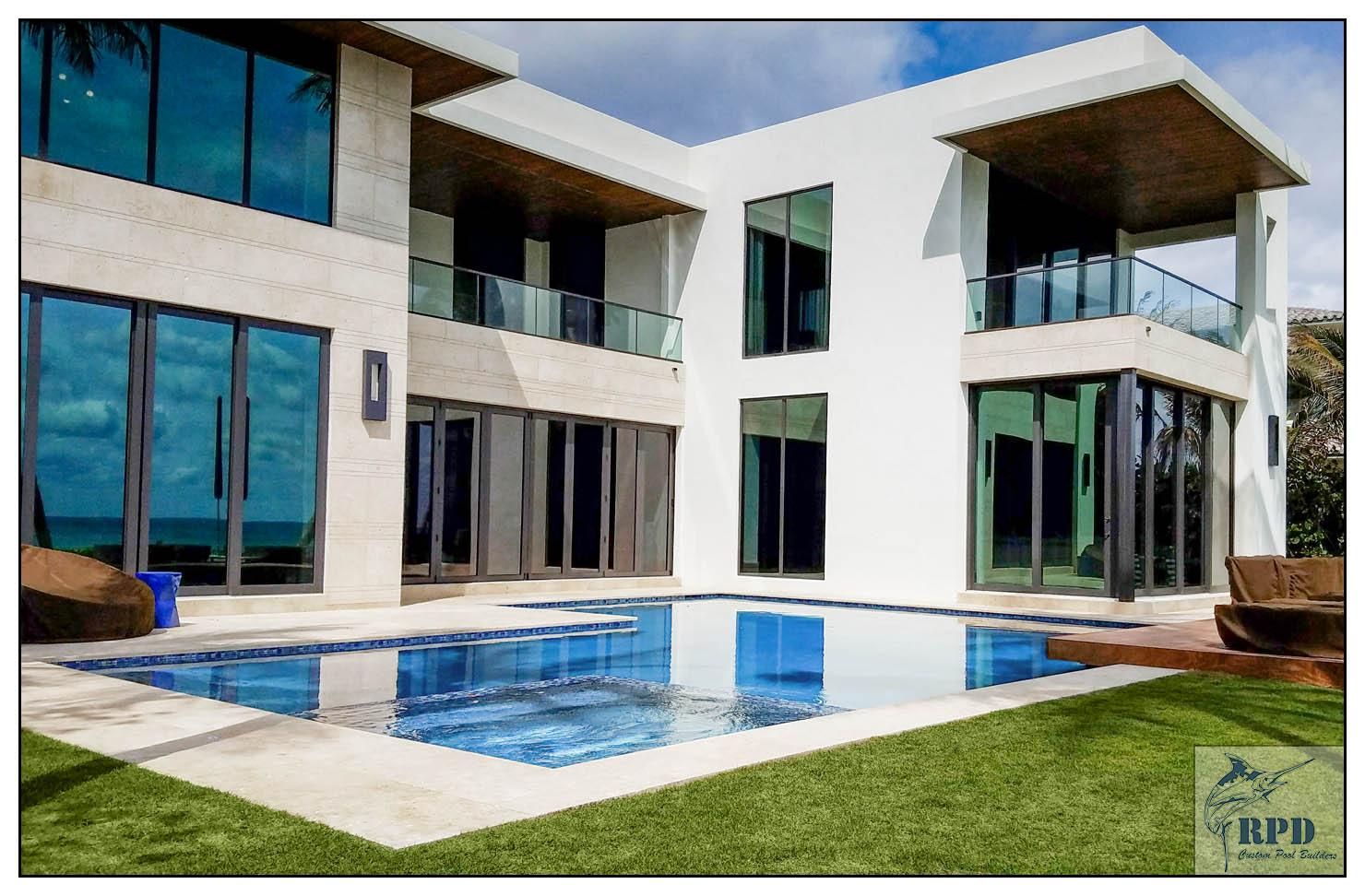 Hillsboro Mile Luxury Pool