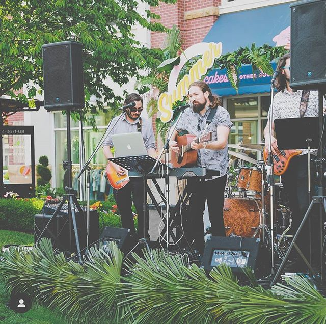 Thanks again to @uptownvictoria for having us out for their Summer Bop celebration - We had a blast! . . . . . . . . #noahedwardsmusic #noahandtheflood #uptown #livemusic #coverband #yyj #summervibes