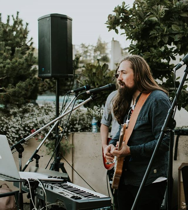 I'm heading to @darcyspubwestshore this evening for another unplugged Wednesday night, drop by for a cold one! 🍻 Music at 7:30 📸 @kylejoinsonphoto . . . . #acoustic #tunes #singersongwriter #darcyspub #darcyswestshore #livemusicyyj #livemusic