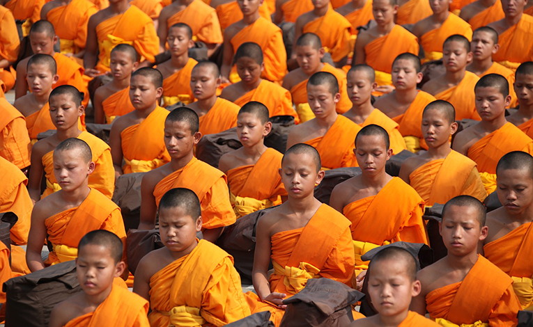 how-to-volunteer-with-buddhist-monks-3-1461922112.png