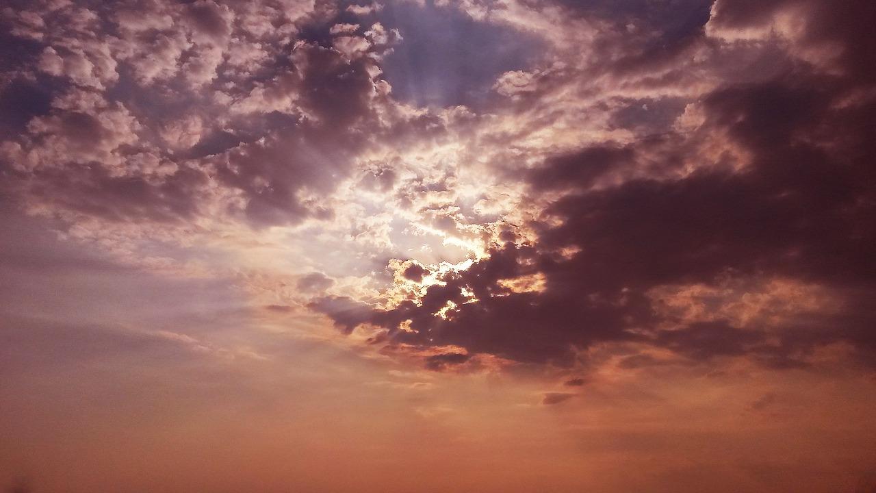 sky-1388476_1280.jpg