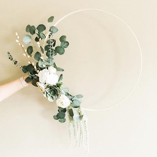Floral hoop wreath✨ #hoopwreath #bohemianstyle #floralhoopwreath #diy