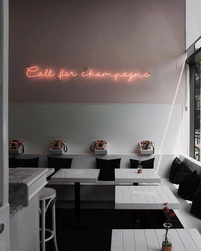 H E L L O  F R I D A Y Is it too early to pop the champagne? 🥂