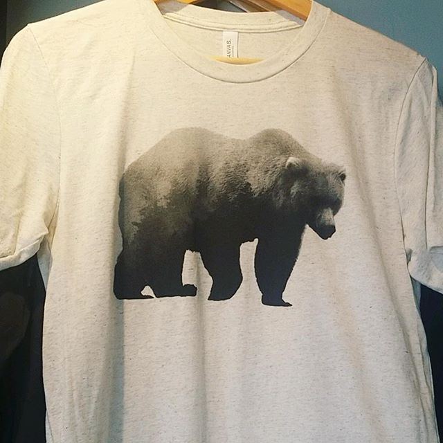 New tri-blend Grizzly T-Shirts our now. Design by @toddmschilling printed @frontlinedesign. They are super cool and super comfy! #grizzlypine #dispensarylife #cannabisapparel #weedapparel #grizzlybear #mintana #doubleexposure