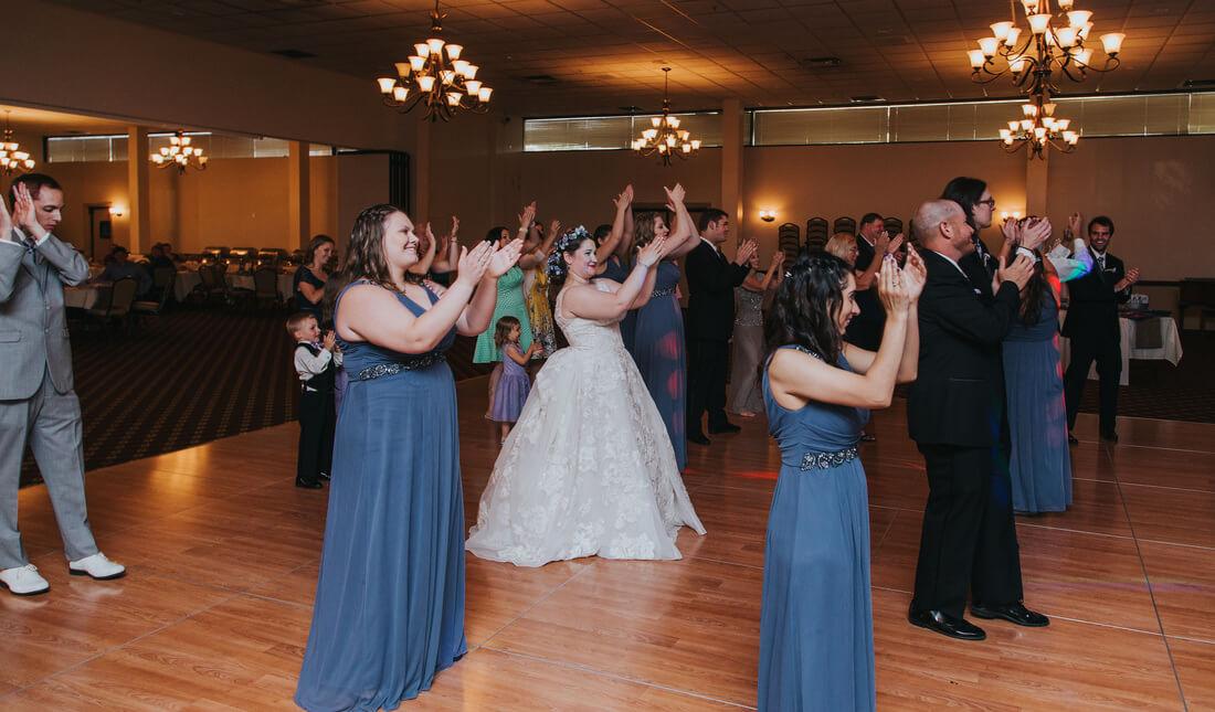 cha-cha-slide-wedding (2).jpg
