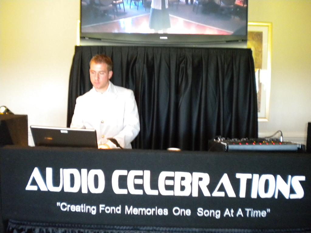 Cheesy DJ sign - 2.jpg
