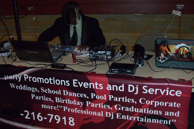 Cheesy-DJ-set-up-10-WEB.jpg