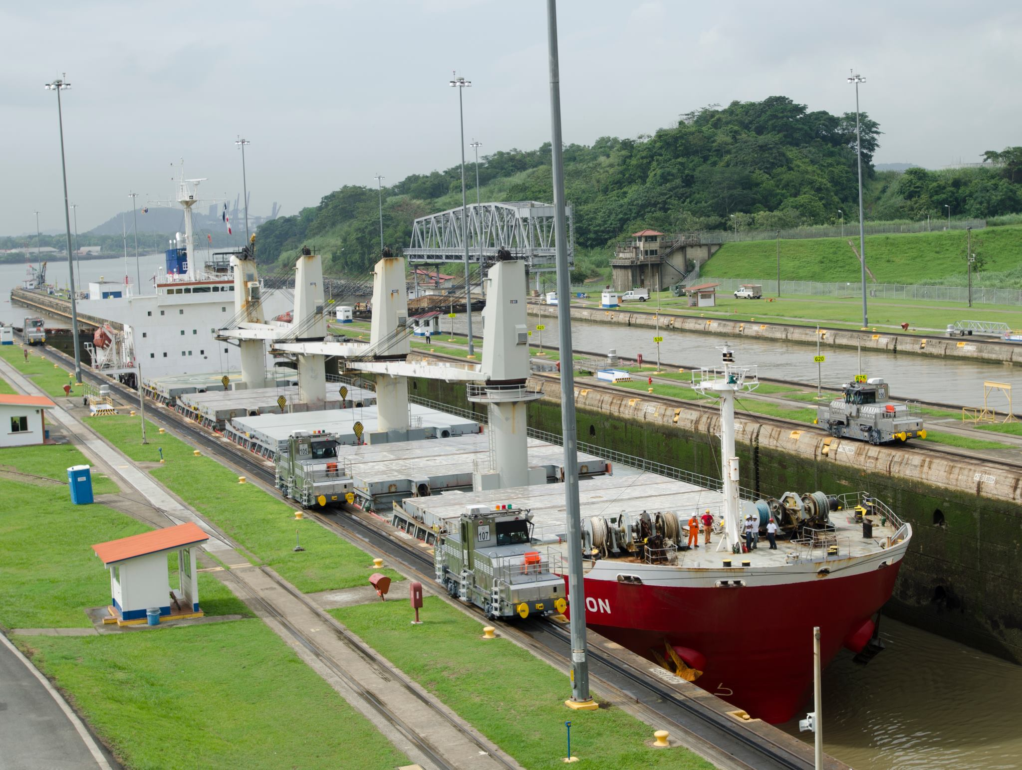 A ship carrying grain begins the process of locking through the Panama Canal. (Photo: Joseph L. Murphy)