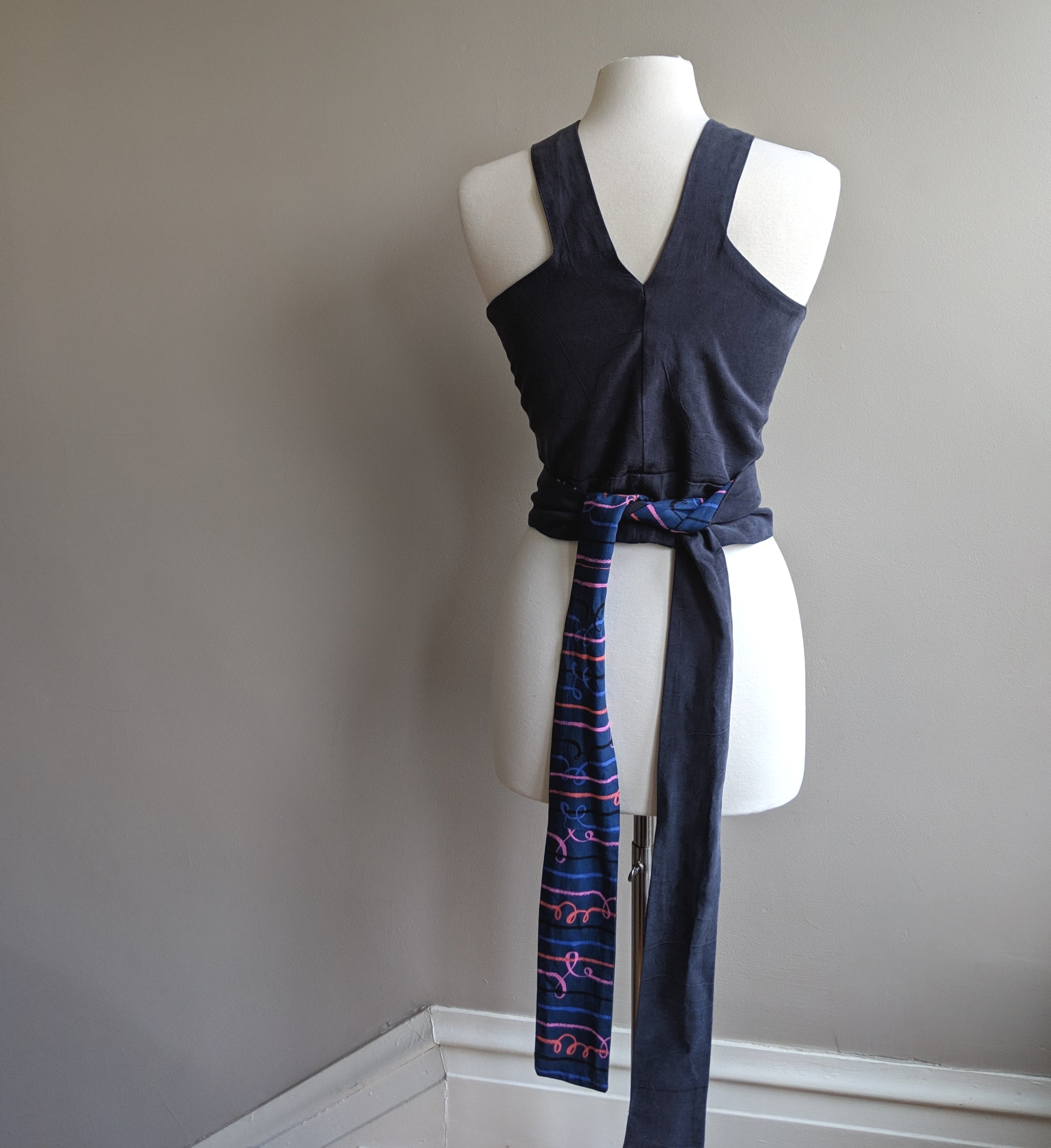 back tie