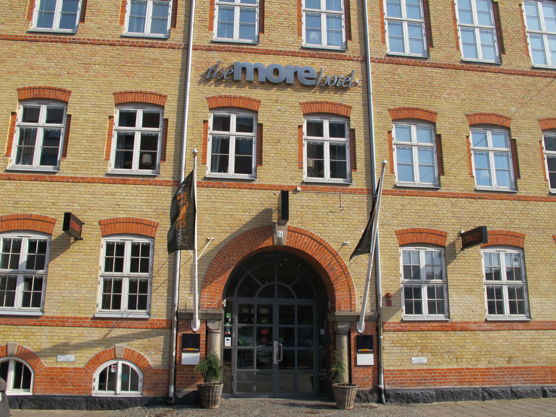 Clarion Hotel – Adress here