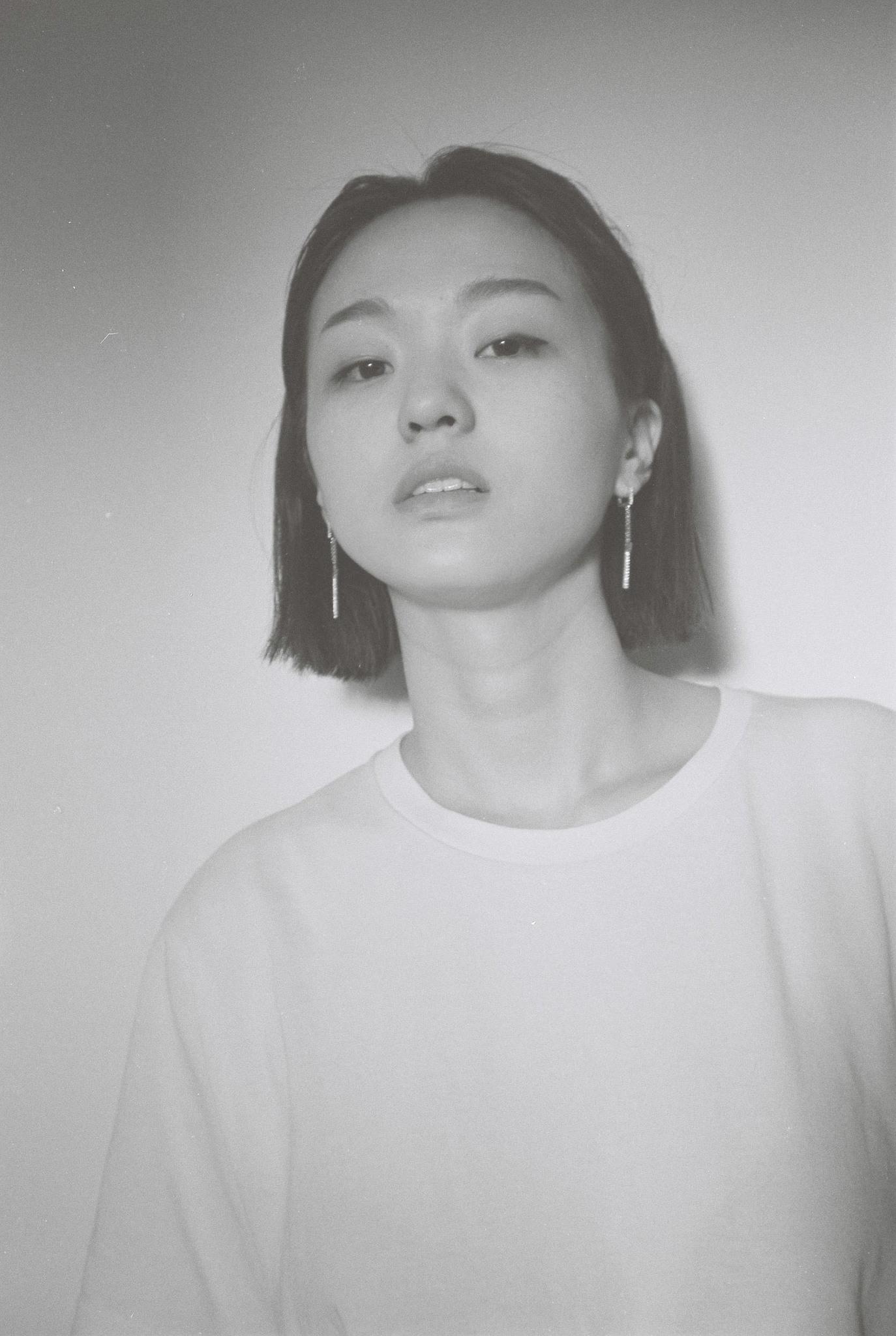 박혜진 park hye jin - Full Size Portrait.jpg