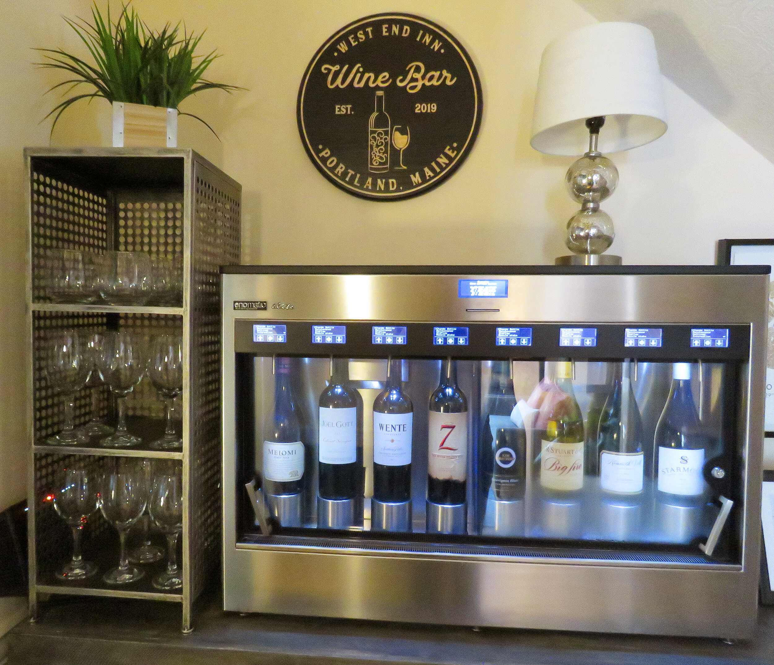 winebar.jpg