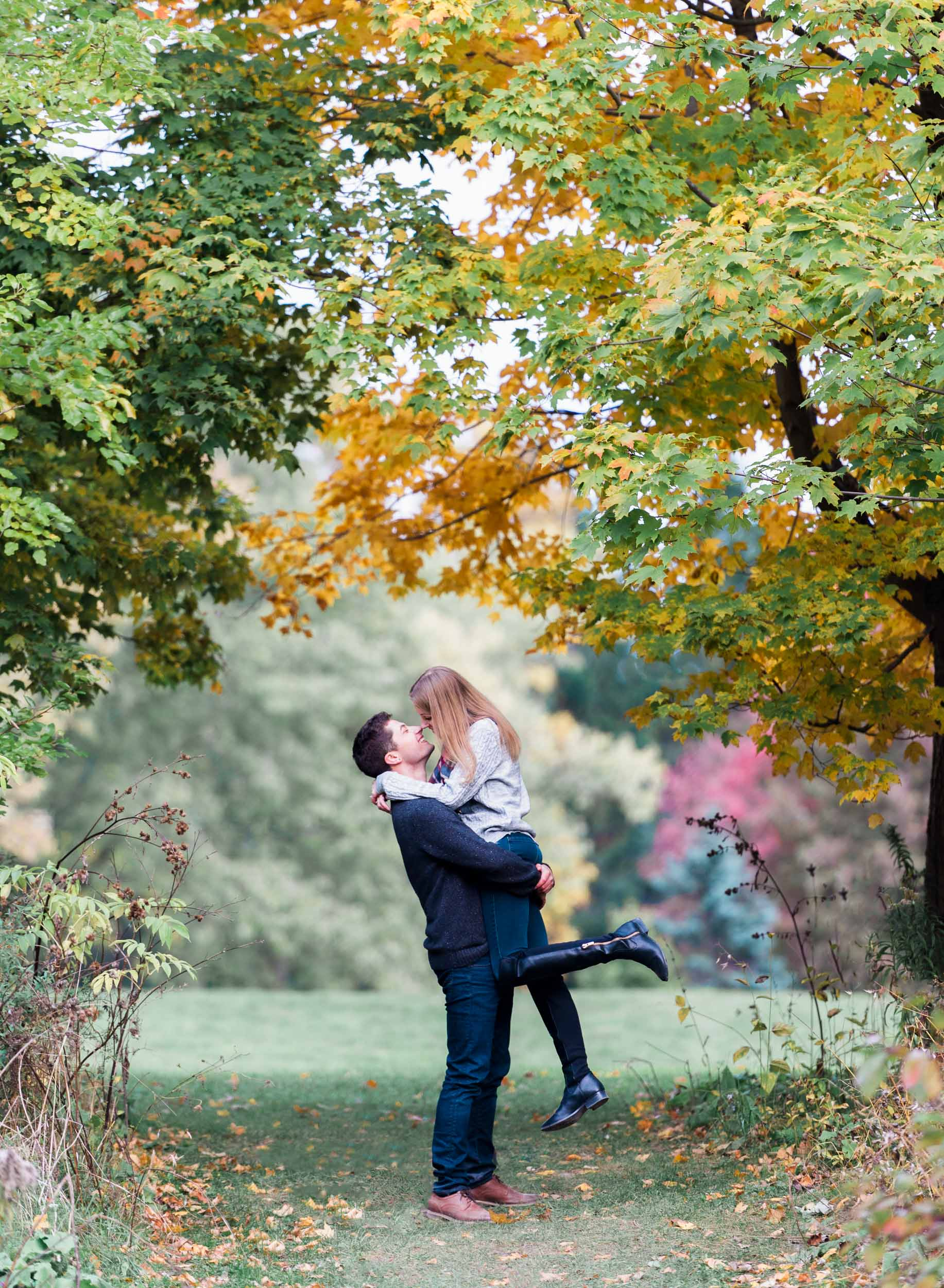 scarborough_bluffs_engagement-5.jpg