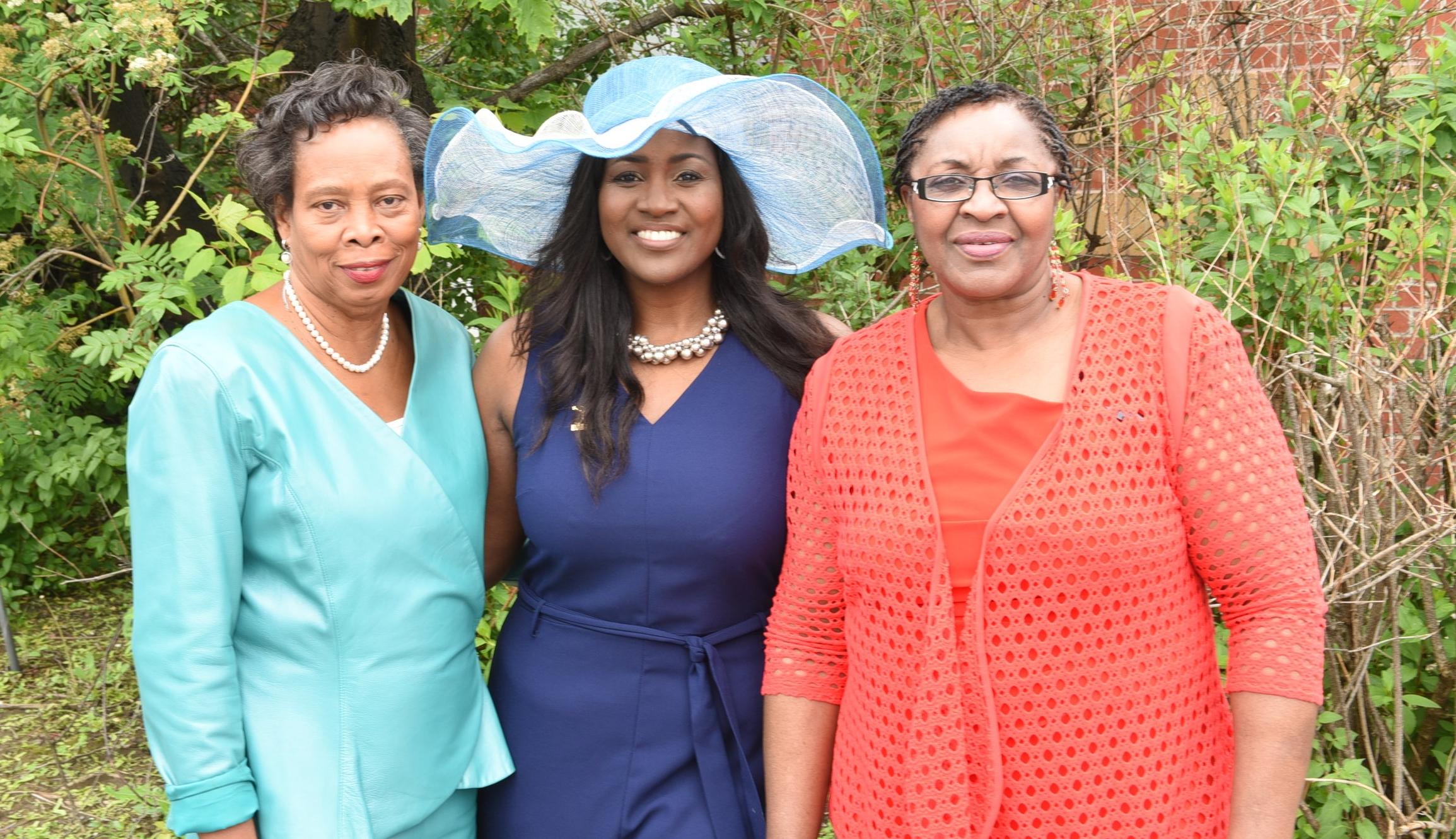Patricia Gloudon (l), Nadine Spencer & Vivienne Nelson-Campbell