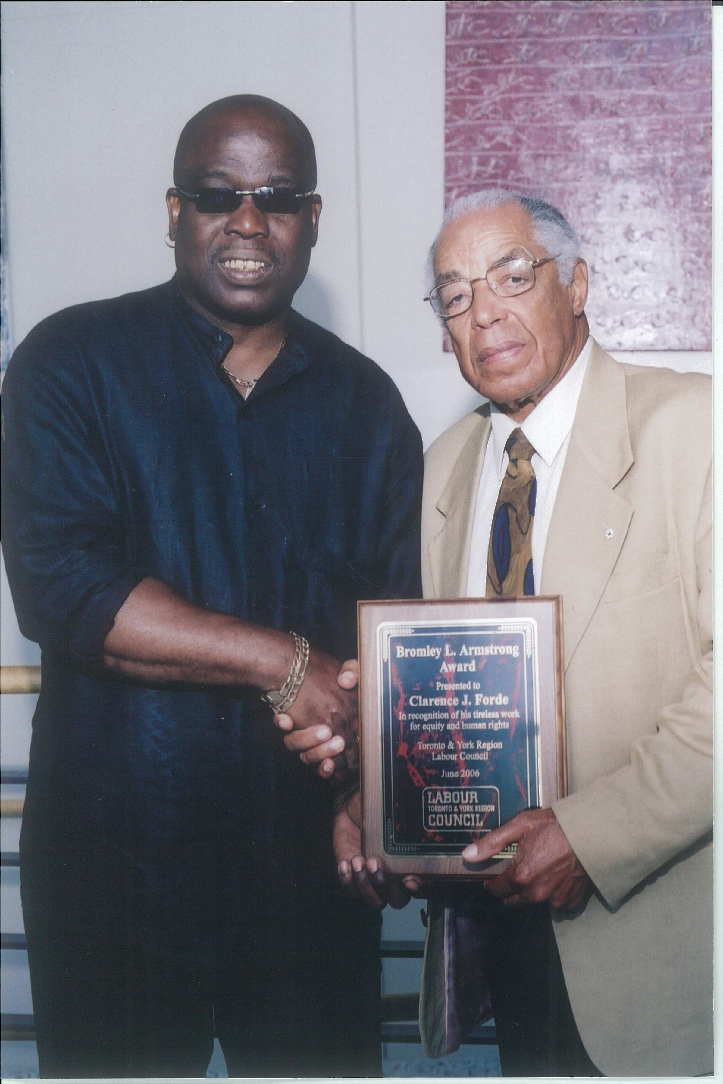 Clarence Forde (l) was the recipient of the 2006 Bromley Armstrong Award