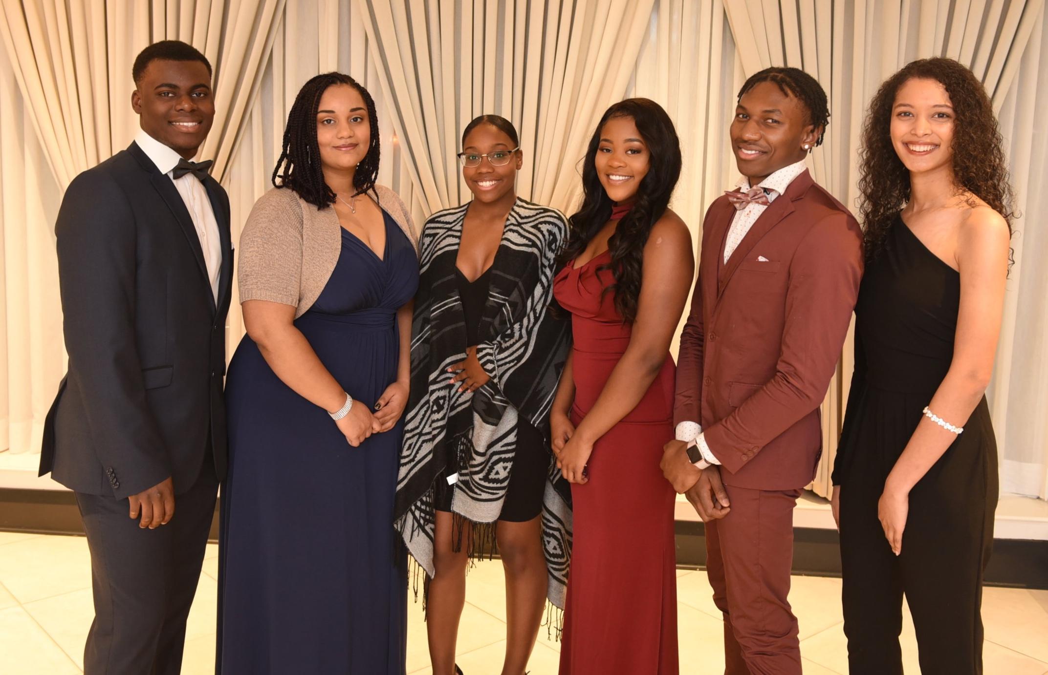 Tolu Bankole (l), Bernadette Mukendi, Tahiya Johnson, Jhanae Ross, Odinaka Onyido & Drew McFayden