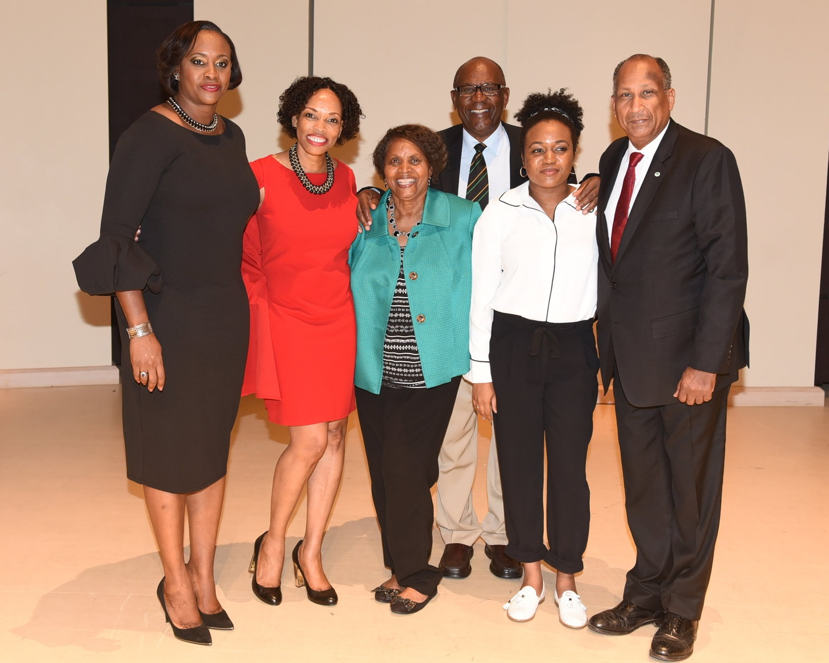 Howard Shearer (r) joined Juliet Holness (l), Dr. Andrea Davis, Pamela Appelt, Joe Halstead and Tka Pinnock at the Jamaica 55 Canada Committee & Jean Augustine Chair at York University lecture in October 2017