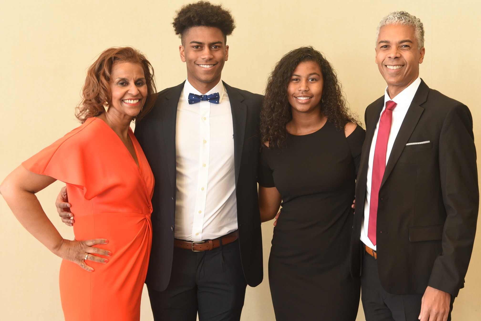 Two-time Harry Jerome Award winner Dr. Dominick Shelton with his wife Jacqueline Spence and their children Sydney & Taylor