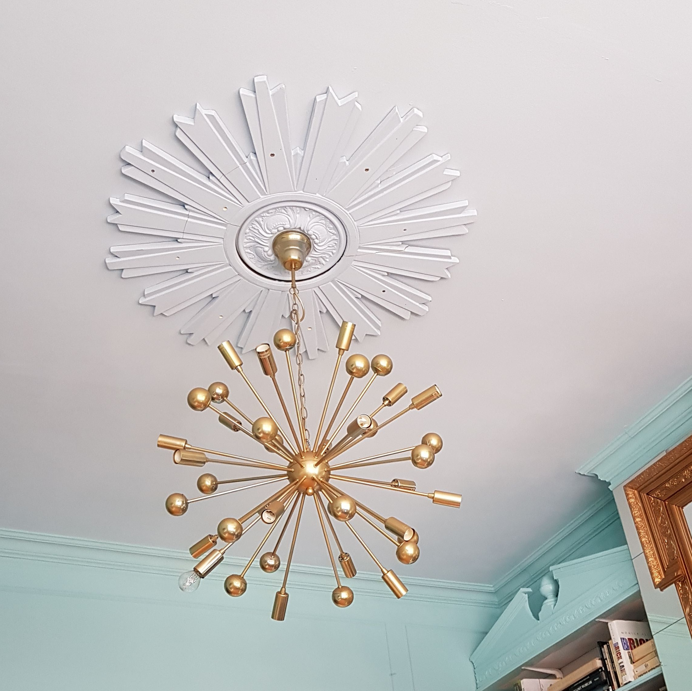 """Here you can see both of the paint colours side by side and my ahem """"bespoke"""" ...ceiling rose all painted out in the same colour as the ceiling, working its magic."""