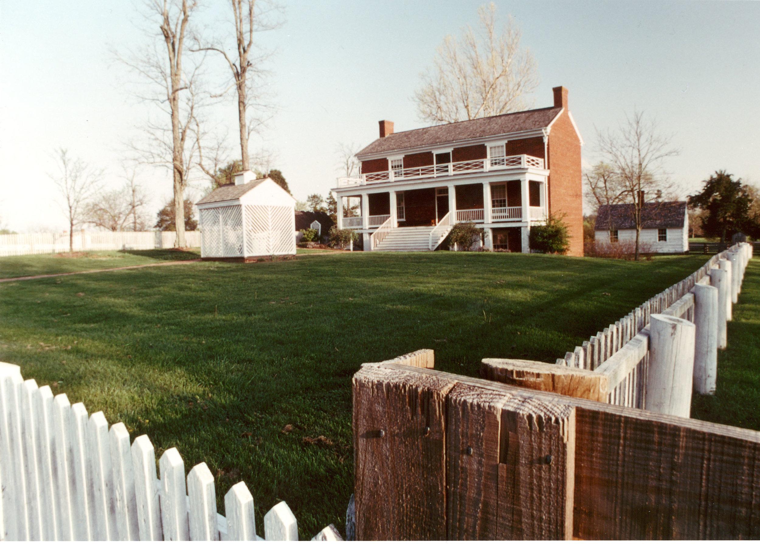APCO McLean House.jpg