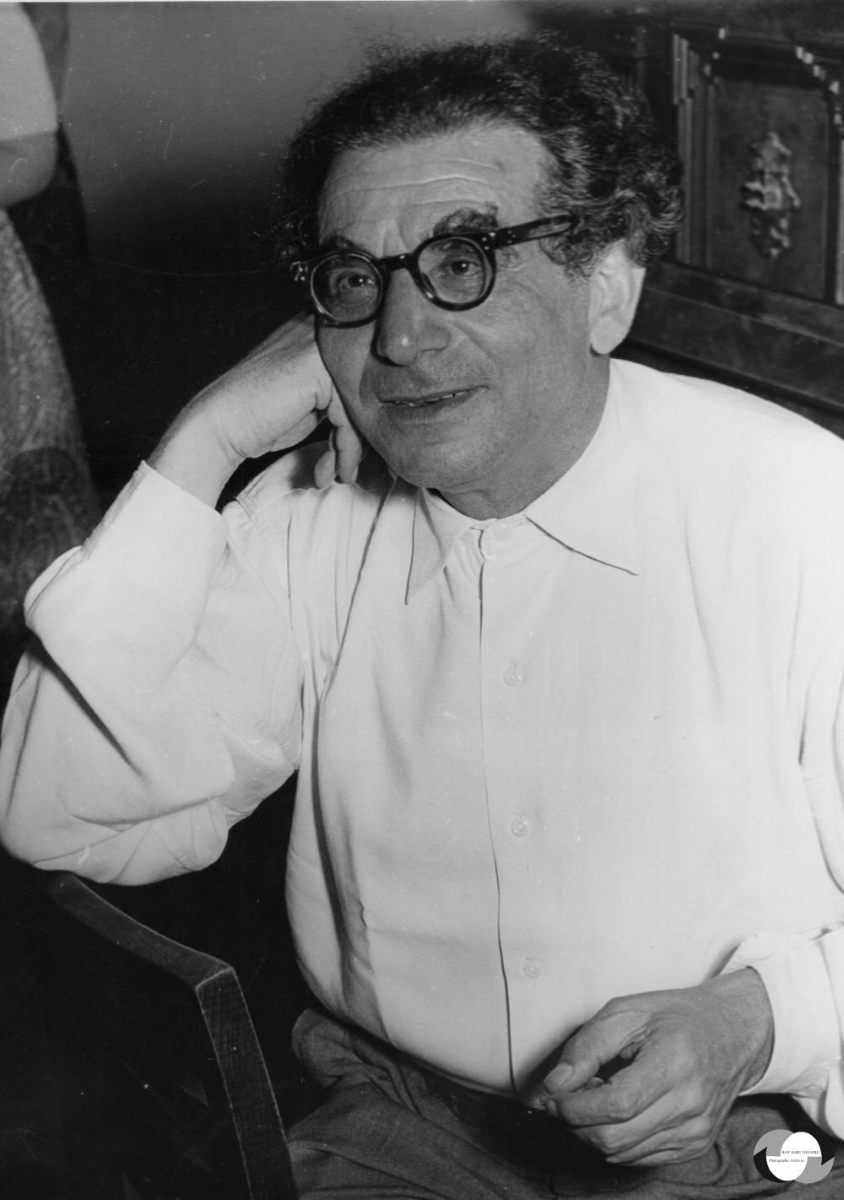 Portrait of Alfred Wolfsohn by Terry Schwarz from the    Roy Hart Theatre Photographic Archives   .