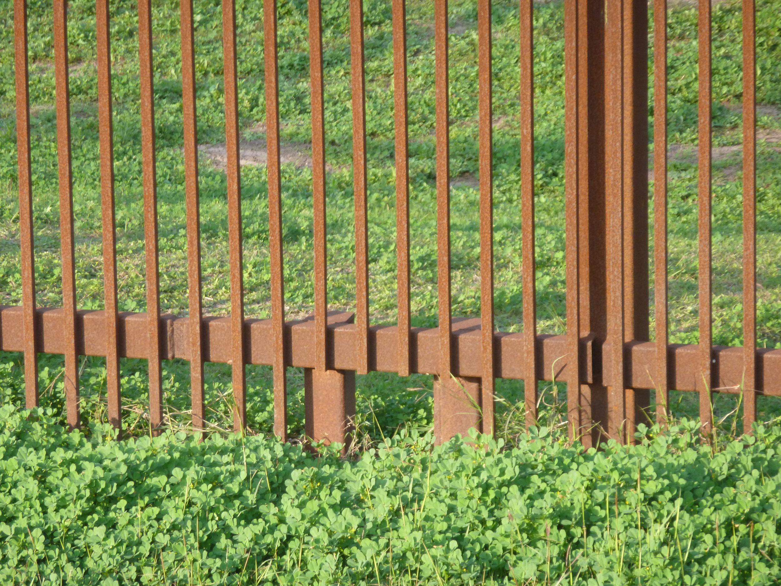 %22Cat hole%22 US Mexico border fence, Brownsville Photo Radhika Subramaniam.jpg