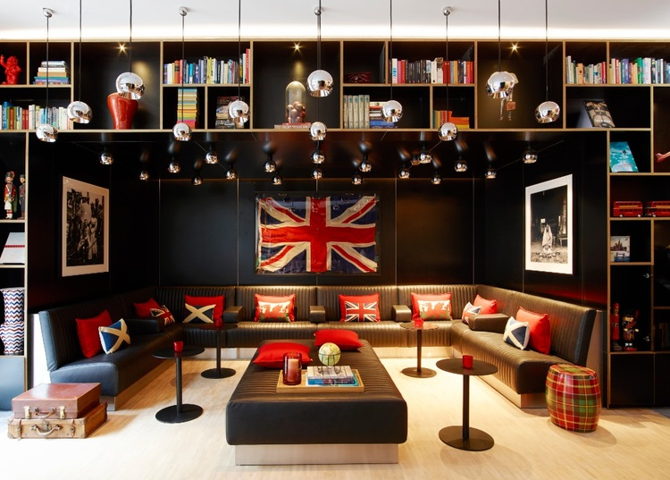 renegade-generation-discover-you-masterclass-mid-career-workshop-citizenm-london-1.jpeg