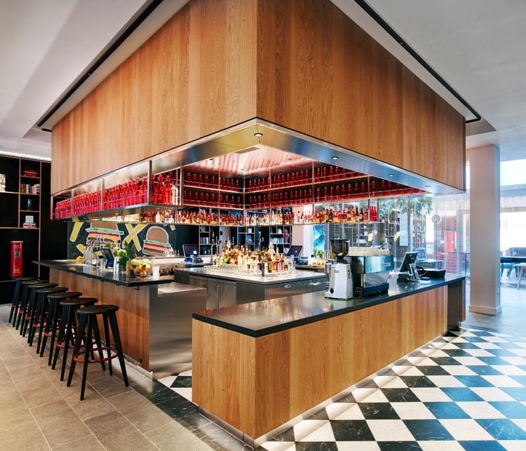 renegade-generation-discover-you-masterclass-mid-career-workshop-citizenm-london-5.jpeg