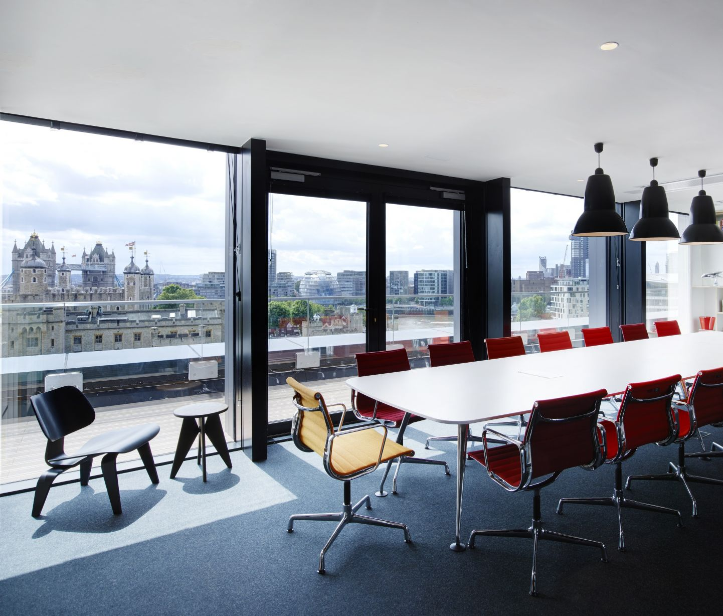 renegade-generation-discover-you-masterclass-mid-career-workshop-citizenm-london-9.jpg