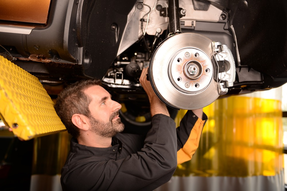 9 Secrets to Recruting Outstanding Automotive Technicians.jpg
