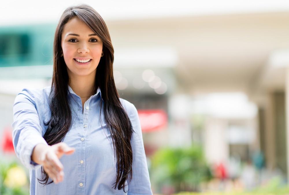 Where Should You Greet a Service Customer?.jpg