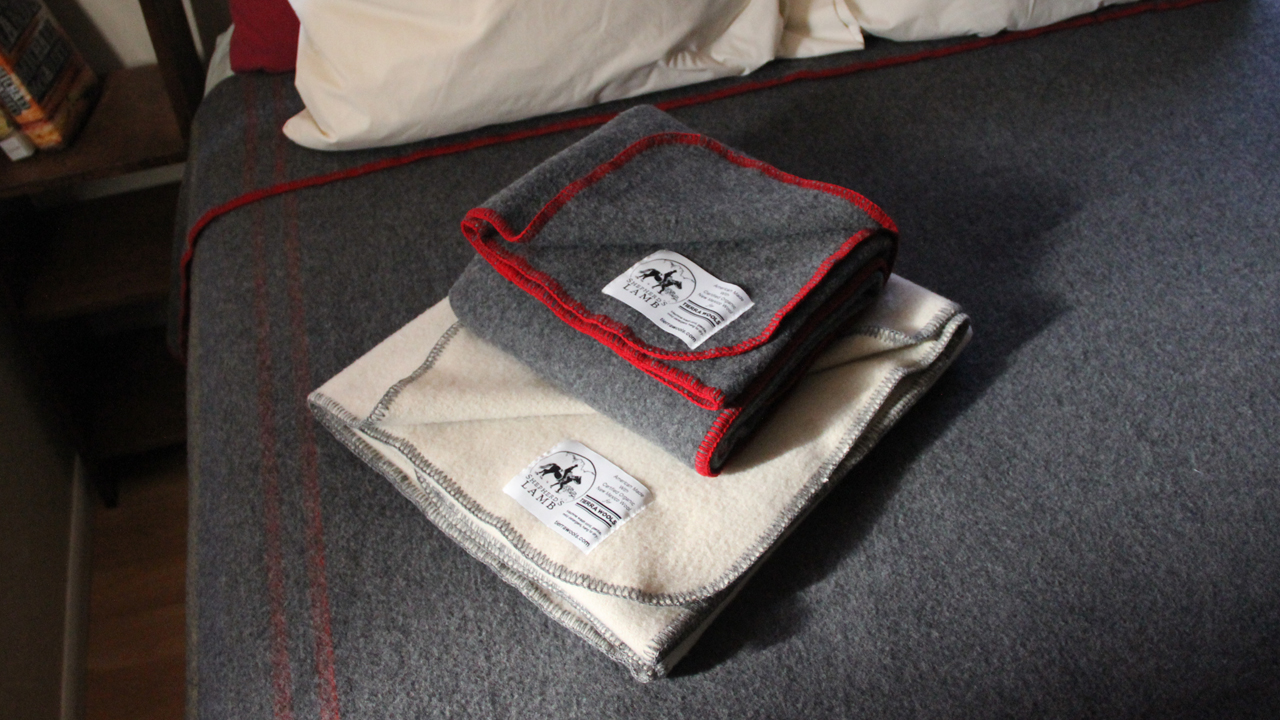 Shepherds Lamb Blankets_Bed__1280x720.jpg