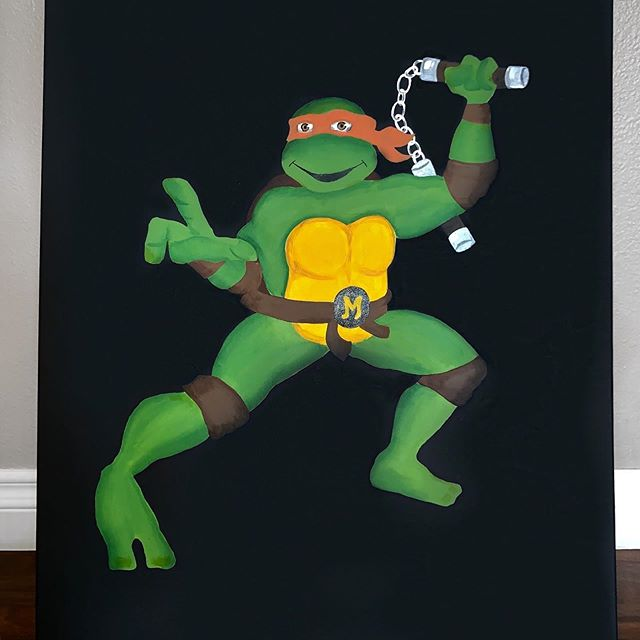 My girlfriend @lina_valentina just finished this incredible painting of Michaelangelo #tmnt #popart