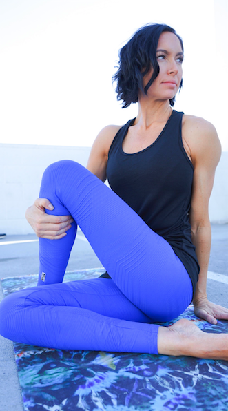 Coco-on-the-go-blue-legging_540x.png