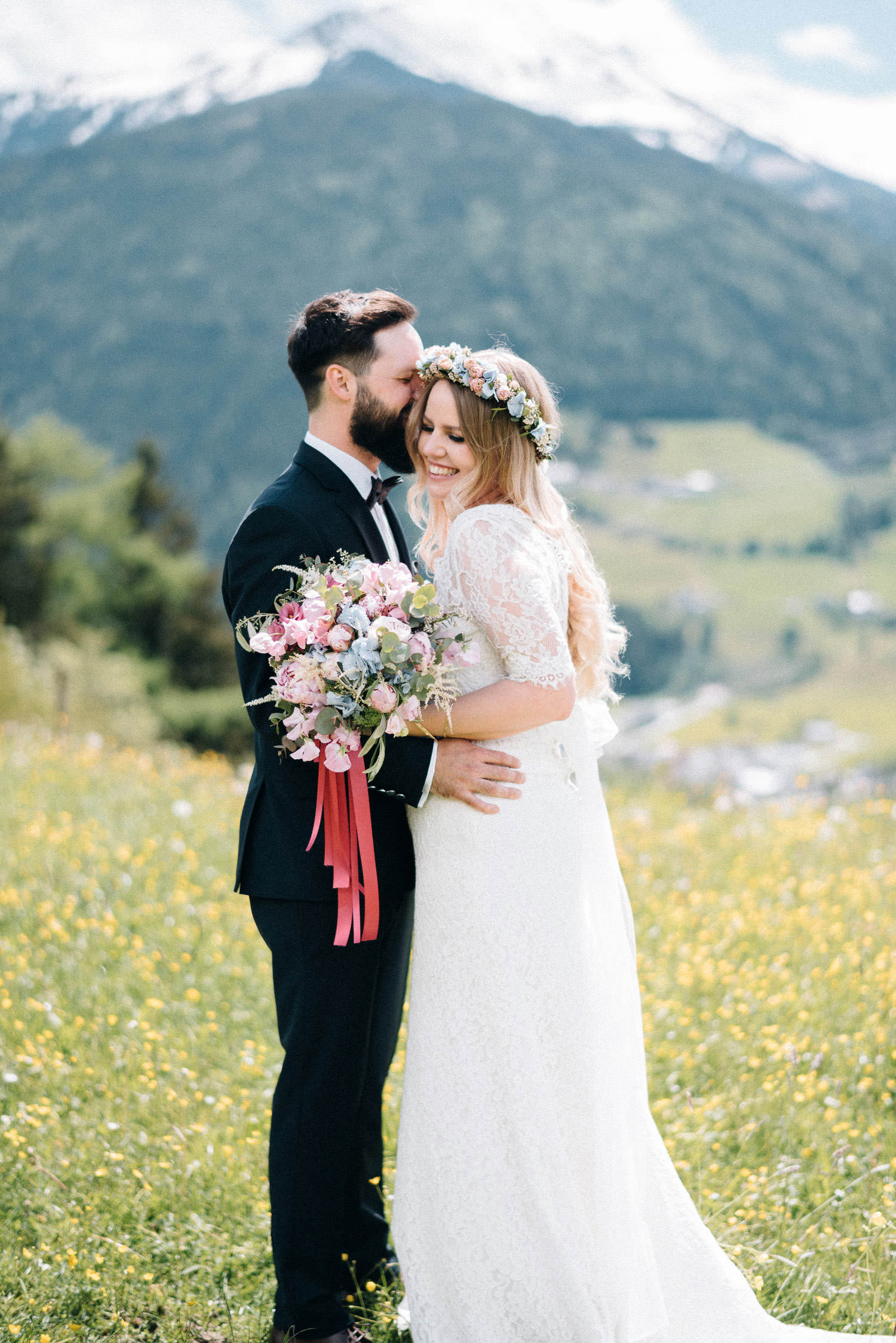 hochzeit-schloss-mittersill-heiraten-in-den-bergen-hochzeitsfotografin-mariagadringer-037.jpg