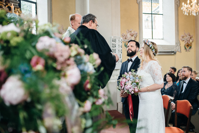 hochzeit-schloss-mittersill-heiraten-in-den-bergen-hochzeitsfotografin-mariagadringer-056.jpg