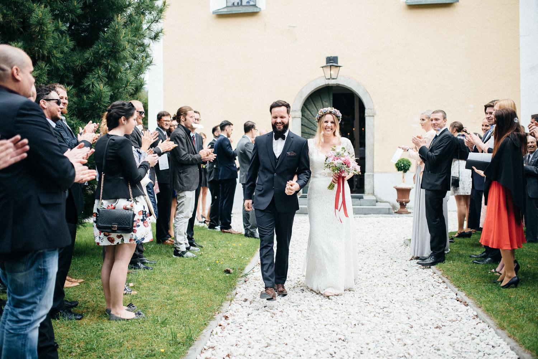 hochzeit-schloss-mittersill-heiraten-in-den-bergen-hochzeitsfotografin-mariagadringer-060.jpg