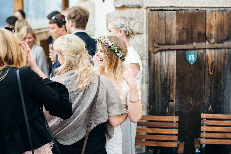 hochzeit-schloss-mittersill-heiraten-in-den-bergen-hochzeitsfotografin-mariagadringer-073.jpg
