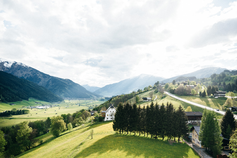 hochzeit-schloss-mittersill-heiraten-in-den-bergen-hochzeitsfotografin-mariagadringer-100.jpg