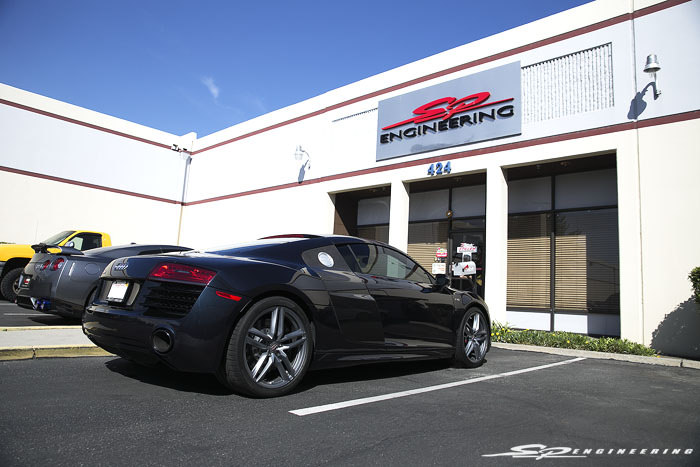 Wayne approached us 2 weeks ago to see if we were able to perform an exhaust installation on his 2015 V10 R8. After some back and forth emailing, we settled on a drop off date a week later and the removal process began shortly after.