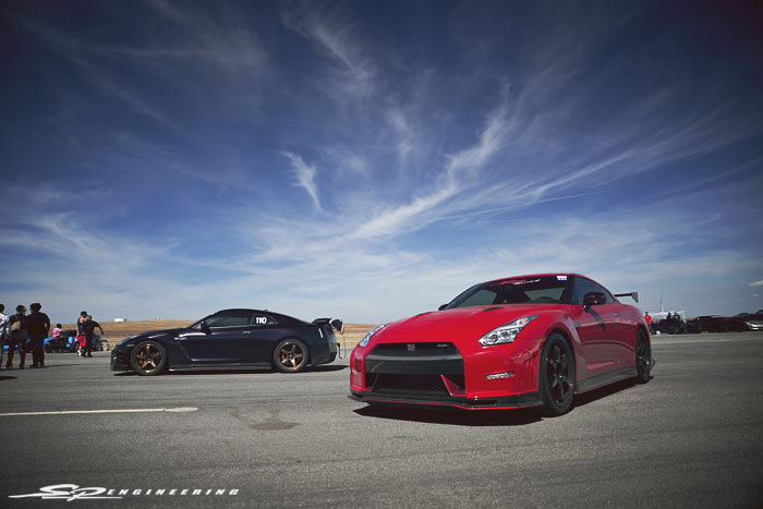 A few months ago, we attended the 8th Airstrip Attack event hosted by Shift S3ctor at the New Coalinga Municipal Airport in Coalinga, CA (221 miles north of SPE). We brought out a total of 6 GT-Rs, 2 of which were Nismo's! It was nice seeing other returning customers make the drive up from LA to witness the event and to build a stronger relationship with us.