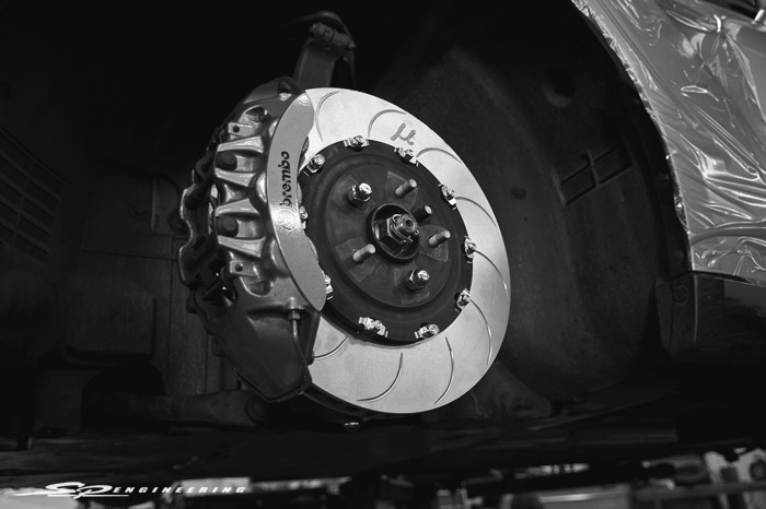 Project Mu SCR-Pro+ were exchanged for the worn down factory rotors.