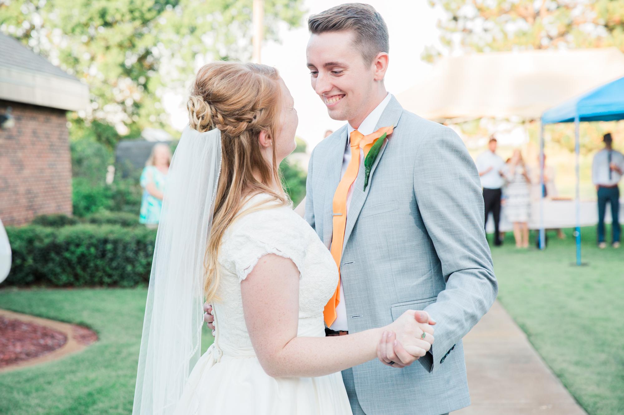 Minnesota Wedding Photographer| Sierra & Jacob | LDS Photographer | Fine Art | First Dance |Eden & Me Photography