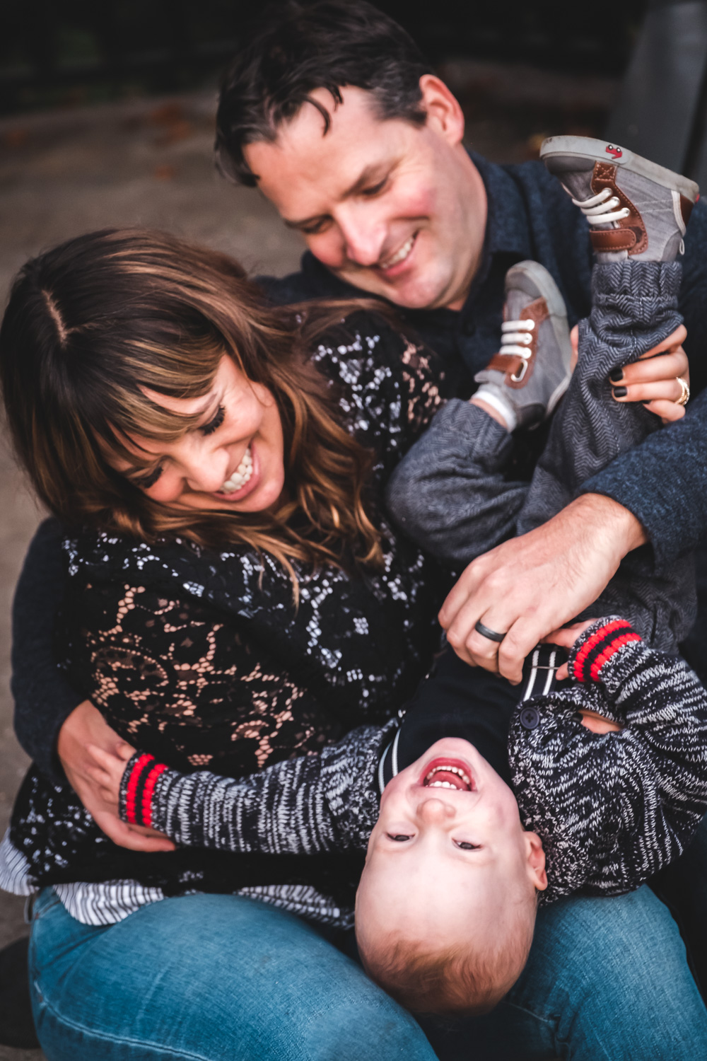 family-playing-photo-session-vancouver.jpg