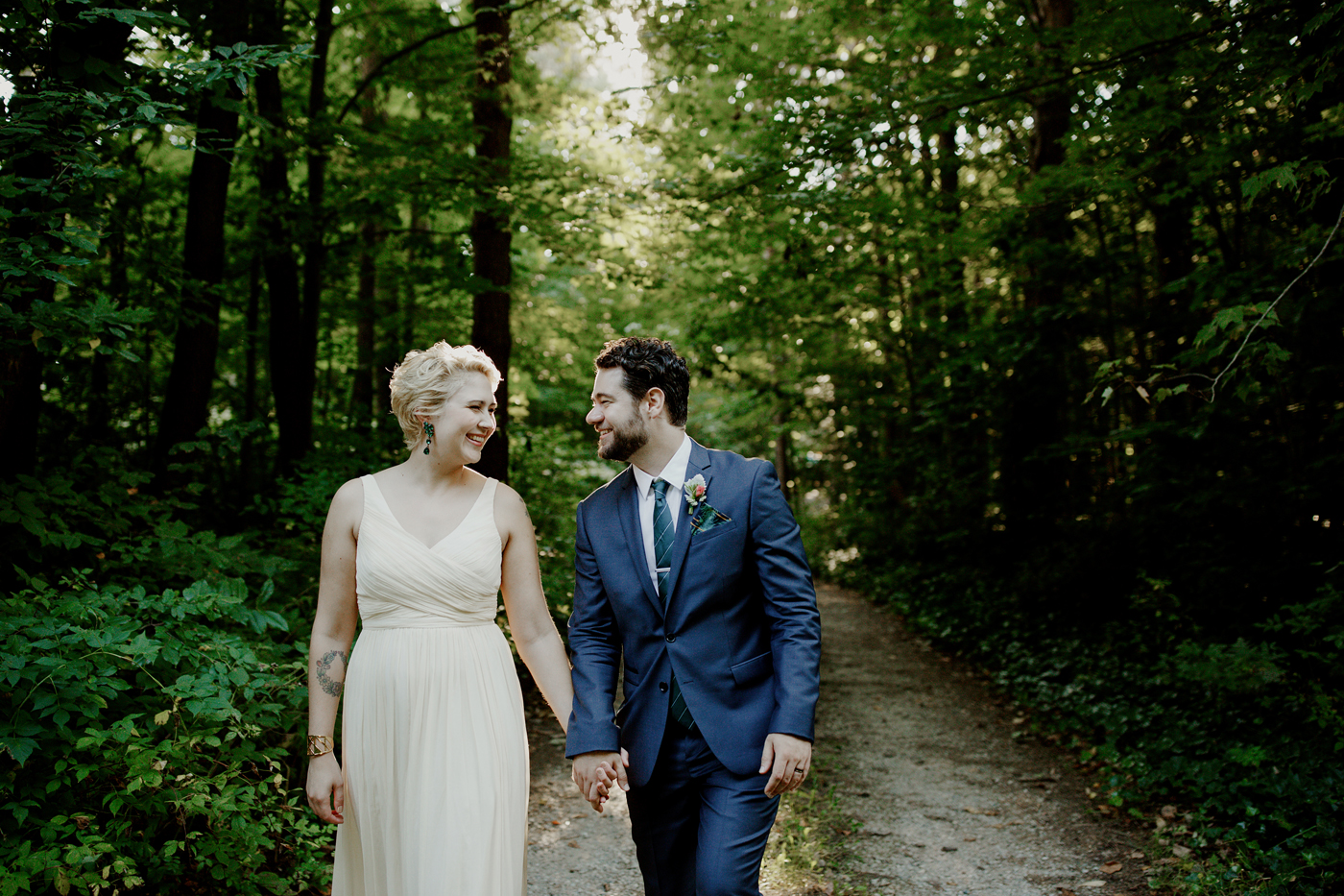 amandavanvels_backyardwedding_0291.jpg