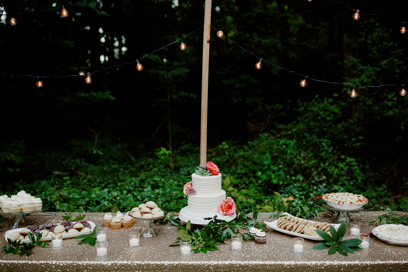 amandavanvels_backyardwedding_0531.jpg