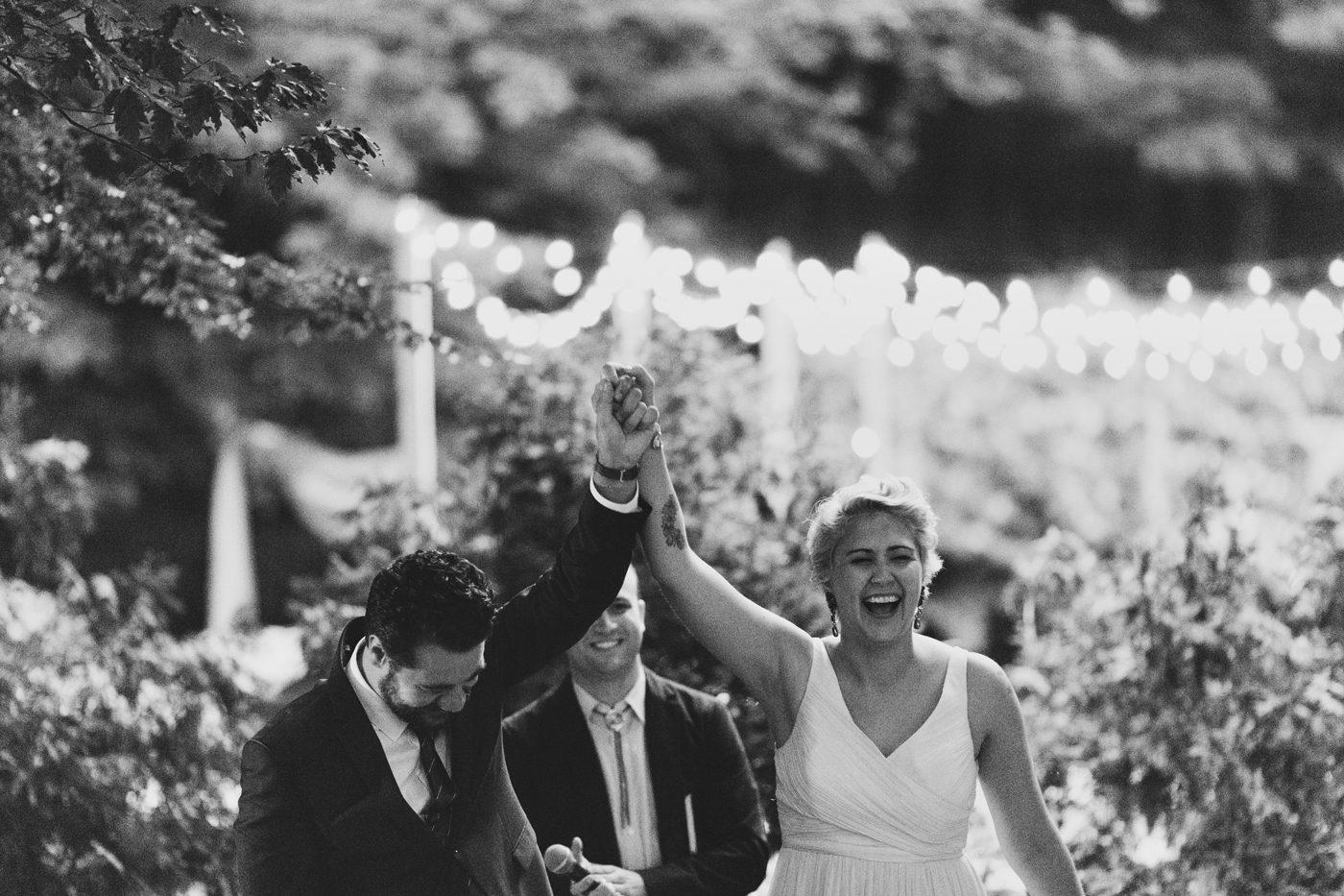 amandavanvels_backyardwedding_0741.jpg