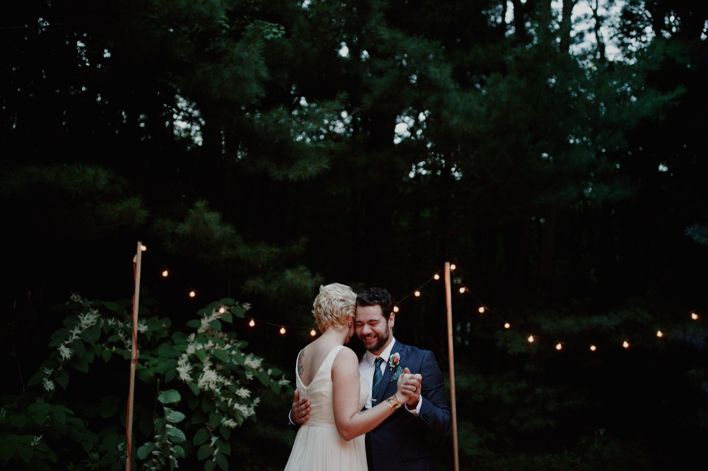amandavanvels_backyardwedding_0781.jpg